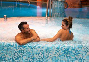 Vasca idromassaggio interna - Hotel All'Alba